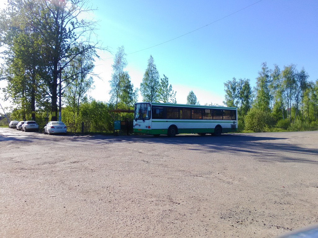 остановка Шарапово-конечная через 900 метров можно купить дачный участок без посредников