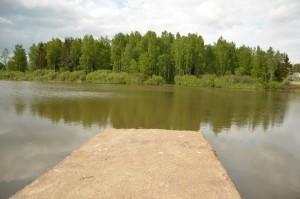 земельный участок возле водоема