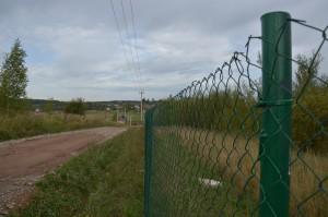 забор дачного поселка